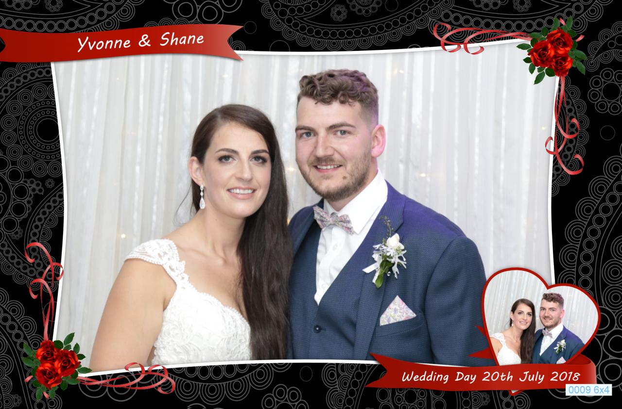 Yvonne & Shane Wedding Photobooth Great Southern Killarney