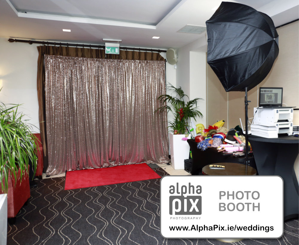 Photobooth setup photo empty logo
